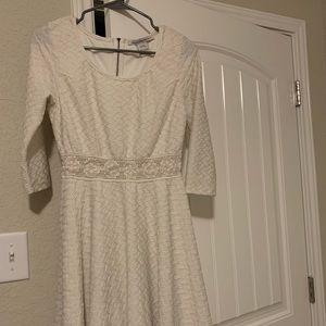 White Long Sleeve Flowy & Fit Dress Knit Mid drift